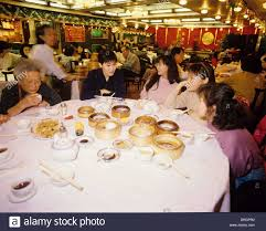 hong kong family gathering for dim sum lunch at a popular