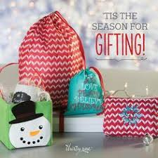guide to holidays thirty one 2017 gift guide holidays 2017 gift and 31 gifts