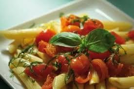 cuisiner des tomates s h s recette de penne sauce tomate express aux tomates cerises et basilic