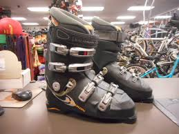 used s ski boots size 9 used salomon sensi fit mens size 9 ski boots c s sporting goods