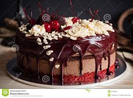 how to decorate a cake at home how to decorate chocolate cake at home without cream perfectend for