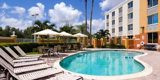 Miami Airport Terminal Map Holiday Inn Express Miami Airport Doral Area Hotel By Ihg