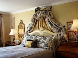 Dark Canopy Bed Curtains Wonderful Country Canopy Bed With Gray Floral Curtains On Gray