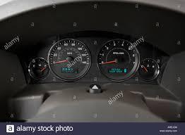 2006 jeep commander limited in beige speedometer tachometer