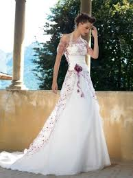 Purple Wedding Dresses I Really Like Dresses With Color Accents But It U0027s Hard To Find