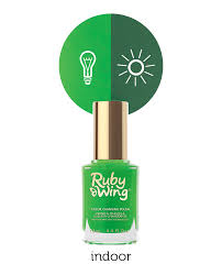 ruby wing color changing nail polish u2013 changes color indoor u0026 outdoor