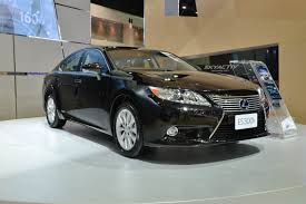 lexus es300h experience the cutting edge technology of the future of u201cl finesse