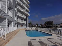 610 island way condos clearwater beach