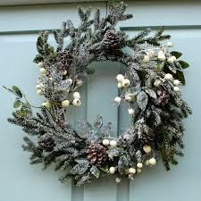 white christmas wreaths u2013 happy holidays