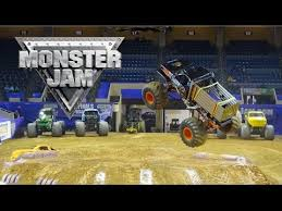 monster truck show roanoke va 2016 monster jam berglund center roanoke va youtube