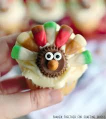 corn turkey thanksgiving cupcakes the crafting