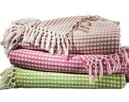 jetée de canapé pas cher plaid jeté canapé jacquard style vichy vert t270x250cm acheter