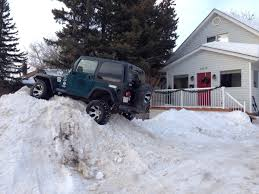 jeep snow meme after seeing that jeep on the snow bank i decided to go home and do