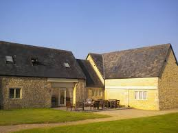 house barn broadway house flagstone farm large converted cotswold barn in a