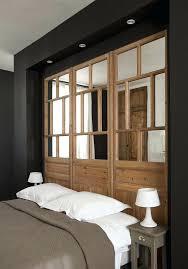 miroir dans chambre miroir chambre feng shui newsindo co