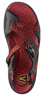 s keen boots clearance keen boots shoes keen maupin sandals s shoes keen