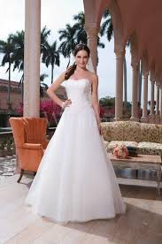 wedding dress in uk wedding dresses the catalogue in uk allweddingdresses