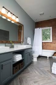 faux wood ceramic tiles for your bathroom continue the rich look