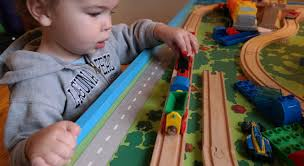 step 2 plastic train table train tables for 2 year olds