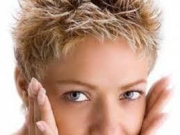 coupe femme cheveux courts modèle coupe cheveux courts femme 2013 par coiffurefemme