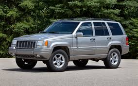 2000 gold jeep grand cherokee nhtsa expands investigation of jeep grand cherokee to 5 1 million