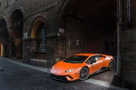 lamborghini custom paint job 2018 lamborghini huracan performante is a supercar supreme the drive