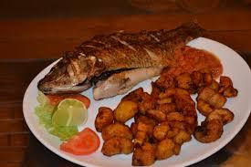 cuisine ivoirienne et africaine file poisson aloko a la banane ivoirienne restaurant africain jpg