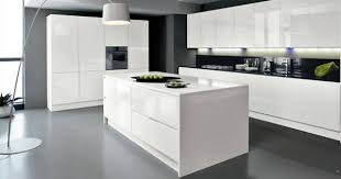 installer cuisine equipee meuble cuisine equipee cuisine en image