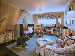 Feng Shui Livingroom Bad Feng Shui For Kids Stuffed Animal Overwhelm Open Spaces