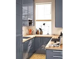 optimiser espace cuisine amenagement cuisine avec eclairage suspension inspirant