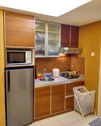 Kitchen Set Minimalis Untuk Dapur Kecil Meja Bar Di Dapur Rumah Minimalis Gambar 715 Home Design