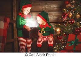 imagenes de navidad hermana hermana magia duende ayudante hermano niños regalos
