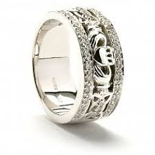 claddagh wedding ring claddagh wedding rings celtic rings ltd