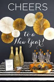 New Years Brunch Decorations by Golden New Year U0027s Party Decoration Ideas