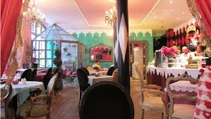 alice in wonderland inspired home decor cool cafe i m inspired by the inventive decor 3 sarah room