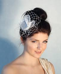 Hochsteckfrisurenen Hochzeit Mit Perlen by Braut Fascinator Mit Perlen Hochzeit Haarschmuck Diy