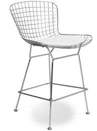 chaise haute blanche chaise haute métal assise cuir blanc toupie lestendances fr