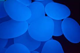 usa glow 2in white stones glows blue 1 lb usa glow