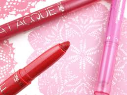 l oreal le matte la lacque full coverage lip colors review and these remind me a lot of the maybelline color blur matte lip pencils except these don t have rubbery smudgers on the opposite end of the crayon