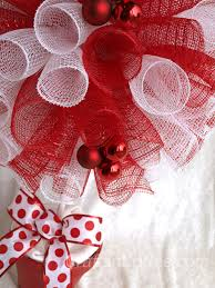 White Deco Mesh A Red U0026 White Deco Mesh Christmas Topiary And A Giveaway