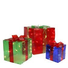 indoor lighted gift boxes nantucket three lighted gift boxes christmas indoor outdoor 150