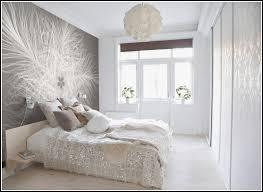 tapeten ideen schlafzimmer nett schlafzimmer tapeten modern lila reiquest moderne fürs