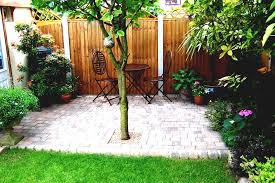 Inexpensive Backyard Ideas by Simple Backyard Ideas For Landscaping Small Yards My Idea S