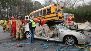 Six Flags Texas Accident Students Survive Bus Crash In Cobb County Wsb Tv