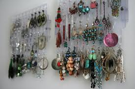 home made earrings apartment tour the bedroom jewelry obsession fannetastic
