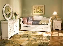 raymour and flanigan bedroom furniture raymour flanigan bedroom