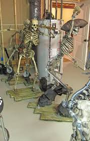 posable skeleton would be if we a pirate themed area posable skeletons