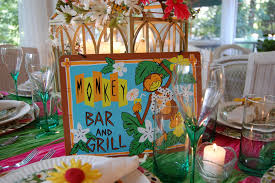 how to say happy thanksgiving in hawaiian hawaiian or tropical table setting tablescape