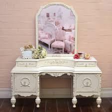 Bedroom Vanities With Mirrors by 219 Best Vintage Vanity Images On Pinterest Vanity Tables