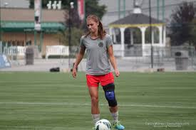 knee brace for soccer players nwsl portland s alex tobin heath remain question marks